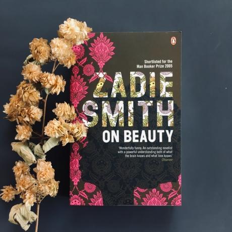 Oriel Myrddin Book Club / Clwb Llyfrau Oriel Myrddin: Zadie Smith - On Beauty