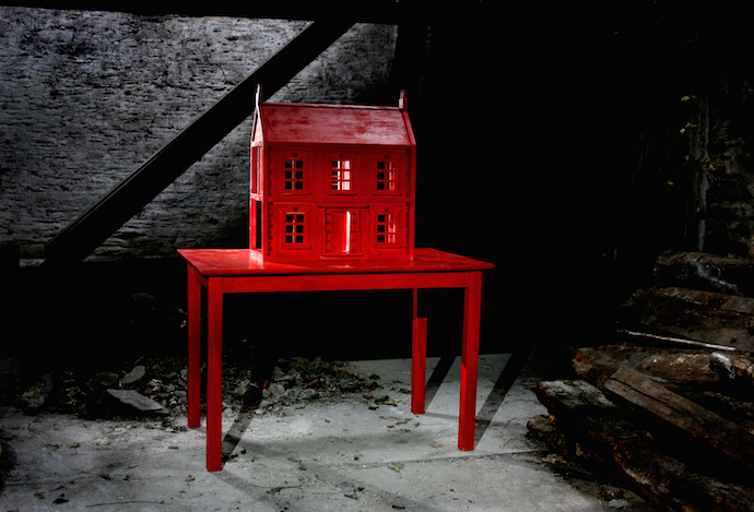 Red Dolls House copy